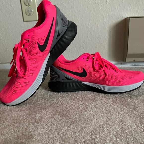 Nike Shoes - Like new - Nike Lunar Pink gym shoes